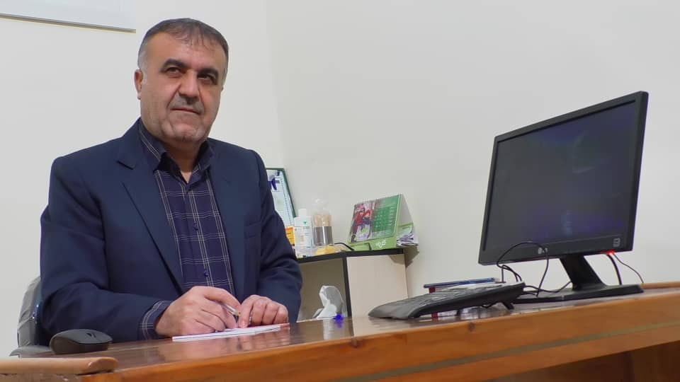 دکتر سید منصور تقوی رئیس بسیج جامعه پزشکی شهرستان کهگیلویه عنوان کرد: ارائه خدمات آموزشی،بهداشتی و درمانی به ۲۰ روستای دهستان غربی دیشموک