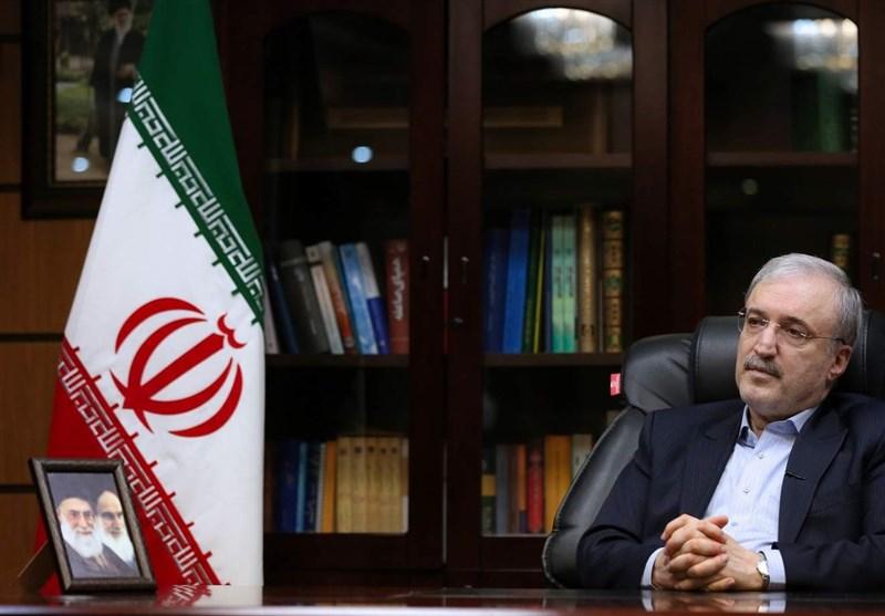 وزیر بهداشت: قاطعترین، محکمترین و علمیترین نوع حمایت را از رهبر معظّم انقلاب دیدیم